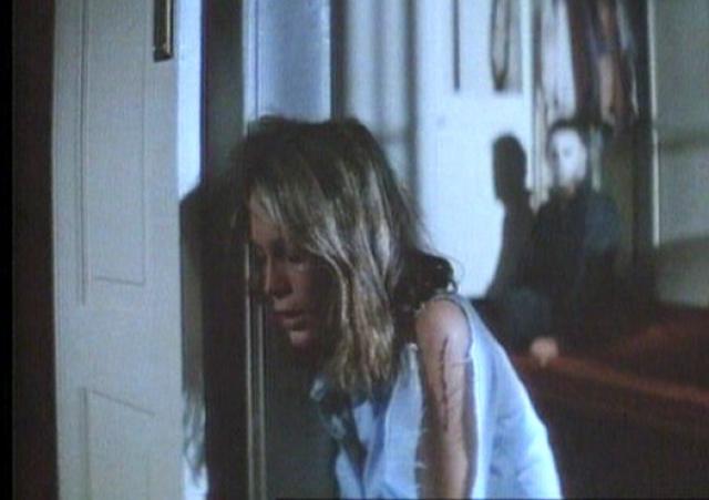 """""""Кошмар на улице Вязов"""" . Смерть Тины стала отправной точкой сюжета ужастика Уэса Крейвена и до сих пор является одной из самых знаменитый сцен в истории фильмов ужасов."""