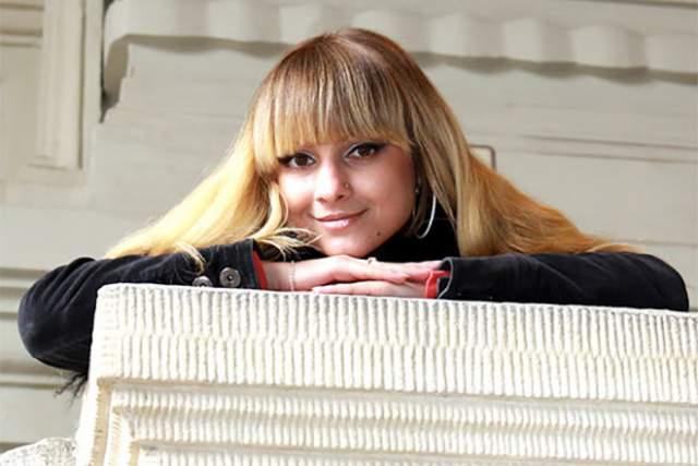 """Летом 2011 года музыканты """"На-На"""" столкнулись с трагедией: была убита основательница московского фан-клуба группы, 30-летняя Маргарита Гилева. Убийцей оказалась другая поклонница группы Виктория Харитонова, которая из ревности к музыкантам зарезала и задушила подругу."""