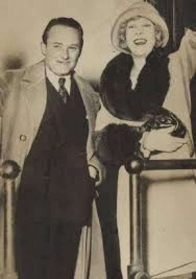 Вследствие скандала Джуэл пропала с экранов на три года и уже не смогла восстановить карьеру. В 1918 году ей предложил руку и сердце режиссер Роланд Уэст, но в 1935-м они развелись. Уэст закрутил роман с актрисой Тельмой Тодд, своей соседкой по лестничной клетке. А в конце 1935-го тело Тодд нашли в ее гараже. Она надышалась угарного газа.
