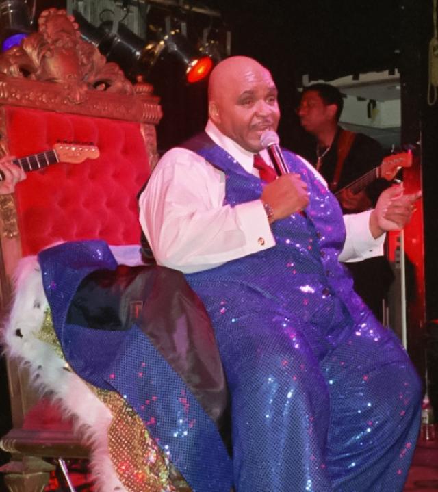 В последние годы жизни Соломон страдал от ожирения и на концертах выступал в инвалидной коляске. В конце-концов это вызвало проблемы с сердцем и ставшие причиной его смерти.