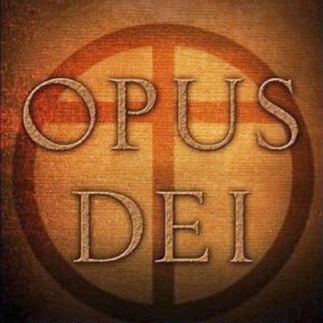 """Другая, более мрачная, касается ордена """"Опус Деи"""", деятельность которого, как утверждали, Торне расследовал в качестве двойного агента от лица объединения шпионов Ватикана."""