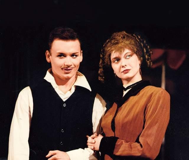 Александр Олешко в дипломном спектакле, 1999 год