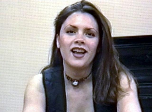 Весной 1993 году Херберты разместили в одном из изданий маленькое объявление о кастинге в проект. На кастинг пришло семьсот девчонок, желающих стать звездами.