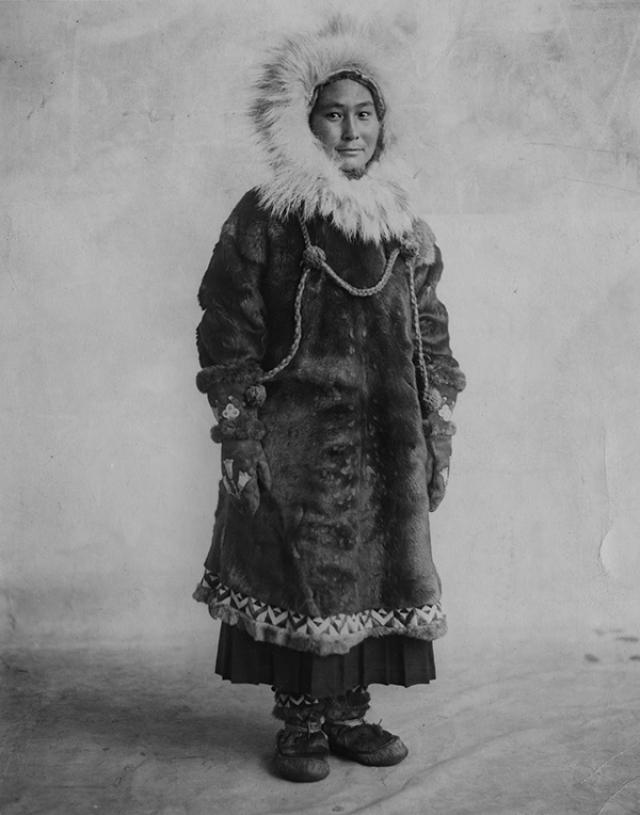Поскольку отправившиеся обратно полярники пропали в пути, а Найт скоропостижно скончался, Ада с котом остались одни на целых полтора года - в августе 1923 года девушку, научившуюся охотиться и выживать в условиях экстремального холода, забрала с острова спасательная экспедиция Гарольда Нойса.