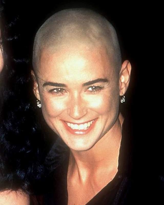 """Актриса стала лысой в 1997 году для роли в нашумевшей картине """"Солдат Джейн"""""""