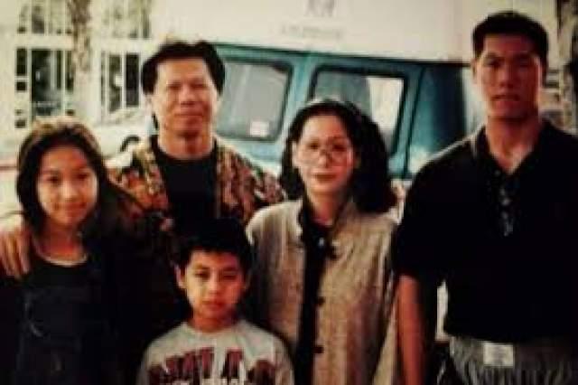 У Боло есть жена. Вместе с супругой он воспитывает троих детей: сыновей Дэвида и Дэнни, а также дочь Дэббру. Семья живет в пригороде Лос-Анжелеса. Дэвид, как и отец, с детства занимается боевыми искусствами.