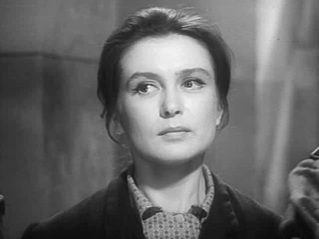 Изольда Извицкая. Актриса дважды была замужем — первым супругом актрисы был Раднэр Муратов, вторым Эдуард Бредун, но судьба ее оказалась нелегкой.