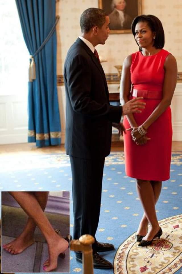 И согласно опросам это одобряет 83% американцев. Поэтом, не смотря на размер ноги, первая леди считается одной из самых элегантных женщин Америки.
