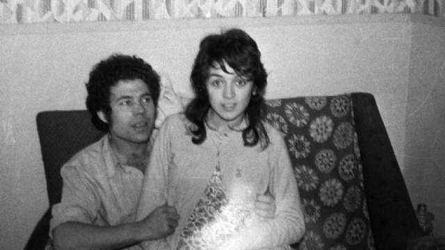 Розмари и Фред Уэст. Соседи считали их образцовой парой, не подозревая, что в доме на протяжении двадцати с лишним лет, с 1967 по 1987 год, совершались чудовищные преступления.