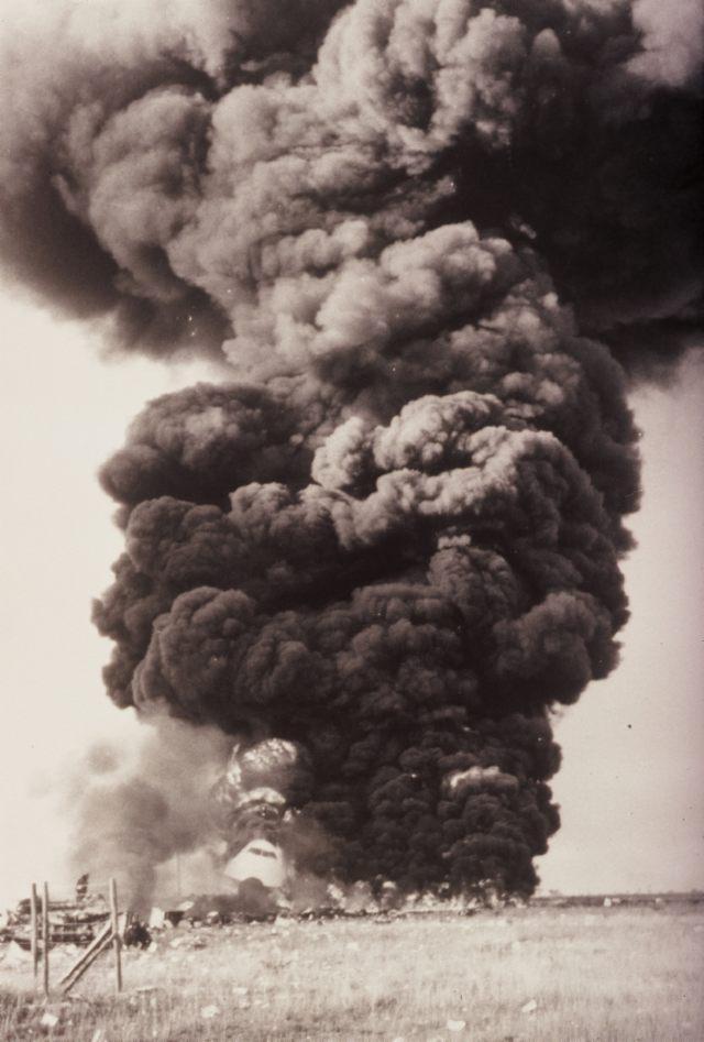 """Бортинженер КЛМ переспросил капитана, ушел ли """"Пан Американ"""" с ВПП, тот ответил утвердительно. Через 14 секунд произошло столкновение."""