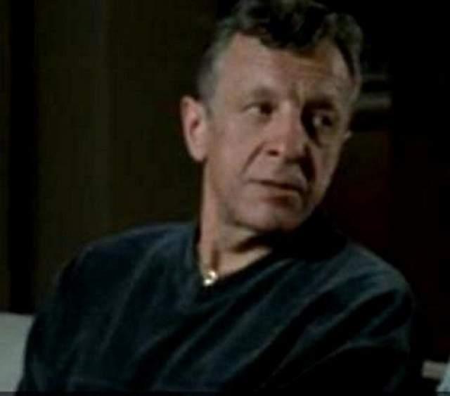 Последние одиннадцать лет на экране Ромуальдас не появляется. Сейчас ему 69 лет.