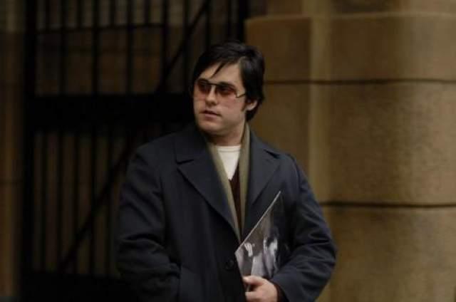 """А между ними в 2006 году был фильм """"Глава 27"""": чтобы исполнить психопата-убийцу Джона Леннона Лето поправился аж на 30 килограммов."""