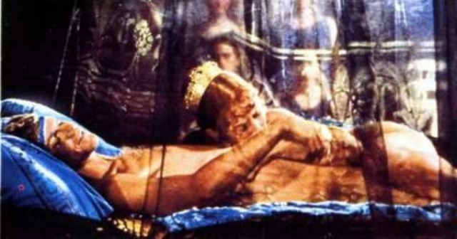"""Хотя фильм """"Калигула"""" с ее участием не является порно в классическом смысле, многие прокатчики называли его в свое время именно так."""