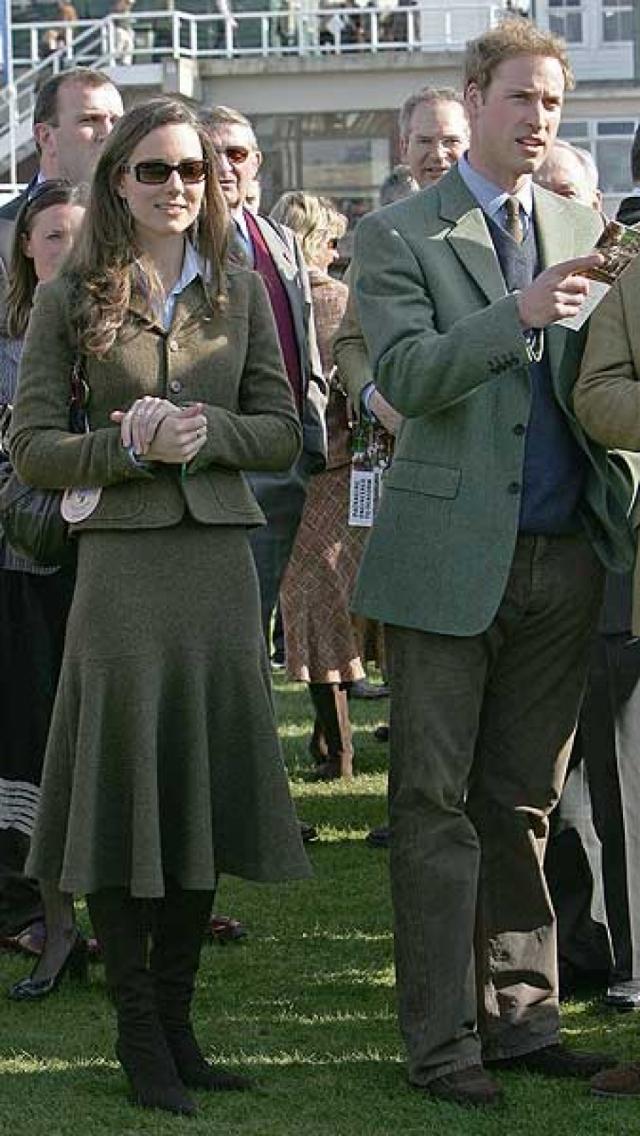 Поклонники продолжали ждать, когда же принц сделает предложение. Дело до помолвки не дошло.