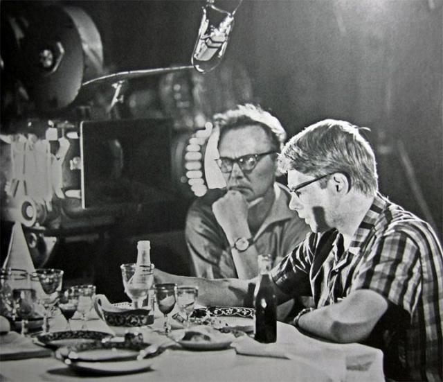 """Нередко режиссер переозвучивал героев. Например, за Варлей в """"Кавказской пленнице"""" говорит Румянцева, а за Светличную в """"Бриллиантовой руке"""" - актриса Толбузина."""