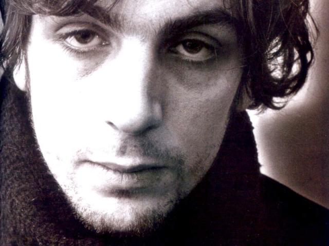"""Сид Баррет. """"Я переполнен грязью и гитарами. Единственная моя амбиция в жизни - как можно лучше играть рок""""."""
