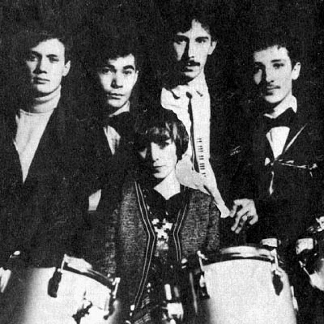"""""""Браво"""" . Группа была образована в 1983 году в Москве с инициативы руководителя, гитариста и автора исполняемых песен — Евгения Хавтана ."""