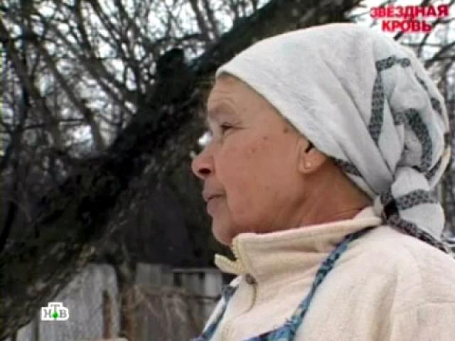 Мама Данилко, Светлана Ивановна, живет в селе Клименки под Полтавой. По ее словам, сын стесняется бедности своей семьи и не желает с ними контактировать или оказывать финансовую помощь.