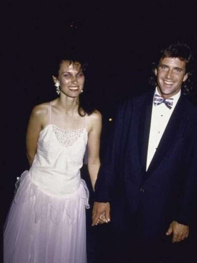 ОФициально развод Мела и Робин был оформлен лишь через два года. Согласно решению суда, актеру пришлось выплатить бывшей жене 400 миллионов долларов - рекордную на сегодняшний день сумму. На фото: Мел Гибсон и Робин Мур