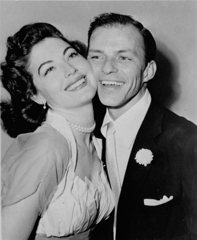 Позже Синатра трижды пытался убить себя снова, все эти попытки были связаны с его непростыми отношениями с актрисой Авой Гарднер.