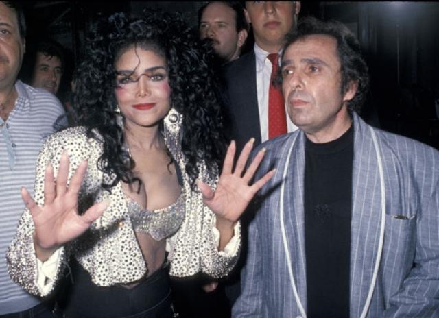 В сентябре 1989 женщина вышла замуж за своего тогдашнего менеджера Джека Гордона, совершив роковую ошибку.