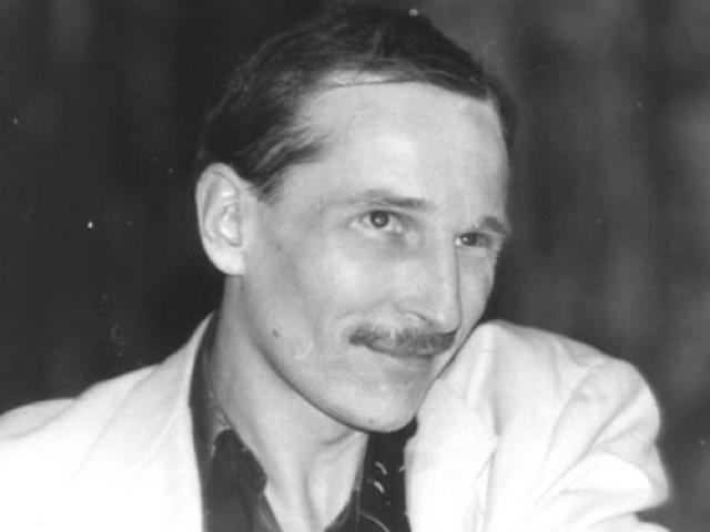 Петр Мамонов также работал грузчиком, а еще банщиком и лифтером в Доме Литфонда.