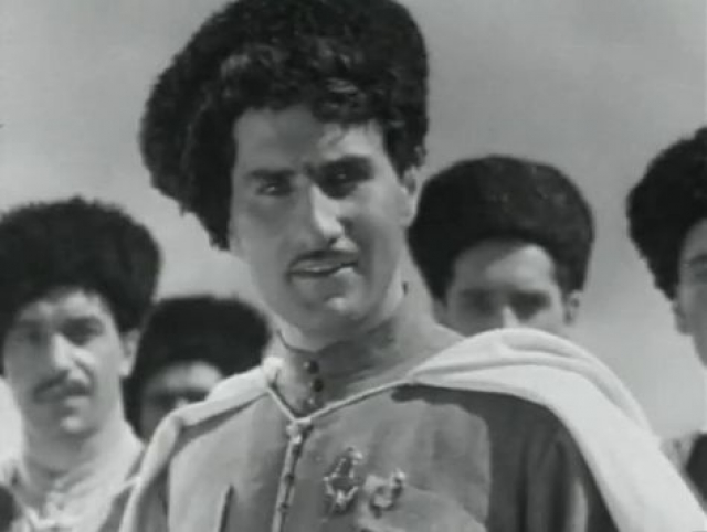 """Всесоюзную славу ему принесла первая же главная роль - в картине """"Свинарка и пастух"""" (1941)."""