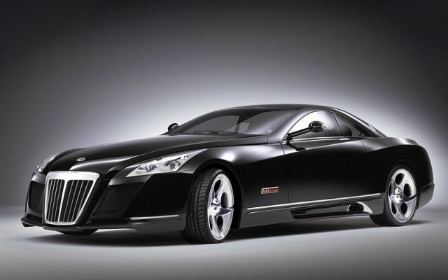 Maybach Exelero - $8 000 000. Авто имеет двигатель мощностью 700 лошадиных сил и способен двигаться со скоростью 351 км/ч.