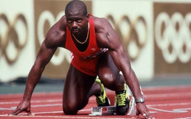 Бен Джонсон. Канадский легкоатлет стал обладателем золотой медали Олимпиады-1988 года, преодолев стометровку с мировым рекордом. Тогда же допинг-тест показал, что он принимал стимулятор роста мышц под названием станозолол.