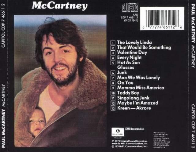 """Группа начала распадаться в 1970 году, из-за чего Маккартни сильно переживал. Однако, как пишет пресса, при этом он """"случайно"""" выпустил в апреле 1970-го свой первый сольный альбом """"McCartney"""", ставший впоследствии платиновым."""