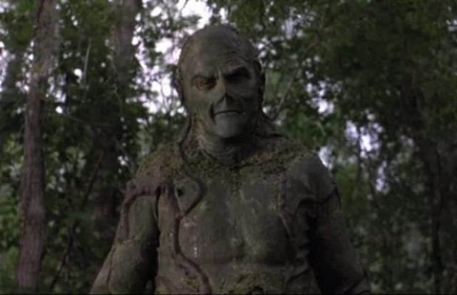 """Болотная тварь из фильма """"Болотная тварь"""" (1982). Неожиданный эксперимент превращает доброго доктора в злое создание, глядя на которое хочется рассмеяться."""