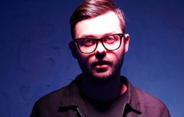 DZA (Александр Холенко). Российский композитор и продюсер, участник рок-группы Мумий Тролль с 2013 года.