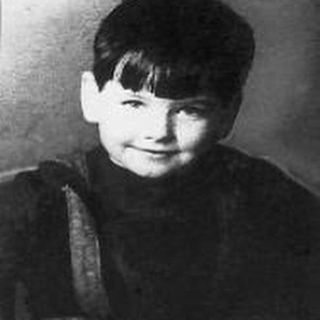 В шесть лет его отдали на воспитание в общину Братья Христиане.