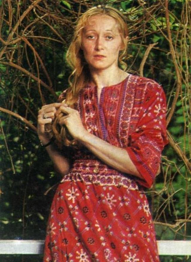 Татьяна более пяти лет выходила на подиум и снималась для советских модных журналов. Шептались, что работу в манекенщицы девушке помогло получить смелое мини – худсовет единогласно восхитился красотой ног претендентки.