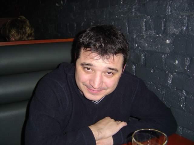 Его жизнь оборвалась трагически: Калинин погиб при невыясненных обстоятельствах. По данным СМИ, покончил жизнь самоубийством, выбросившись из окна своей квартиры в Москве 1 декабря 2011 года.