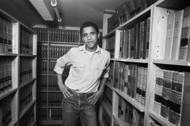 Кстати, только после подписания контрактов на издание книг президент США погасил свою студенческую ссуду.