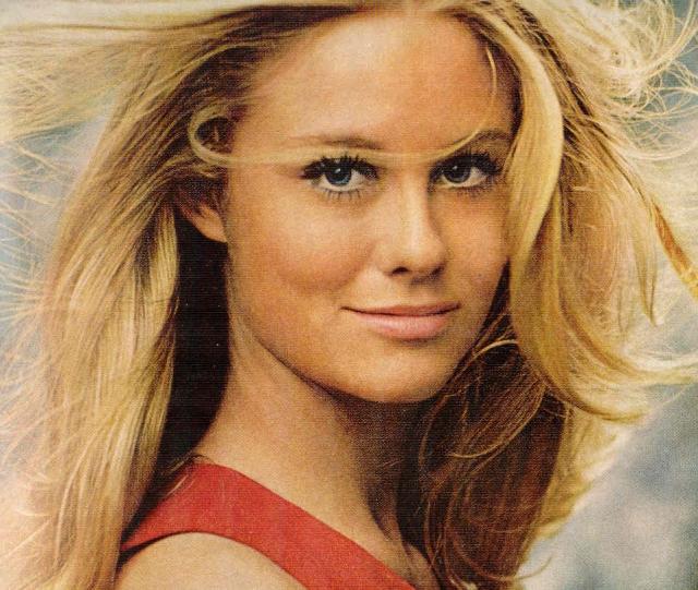 """Сибилл Шеперд. Будущая актриса была настоящей королевой красоты: в 16 лет - в родном Мемфисе, в 18 - уже национального масштаба, выиграв конкурс """"Model of the Year""""."""