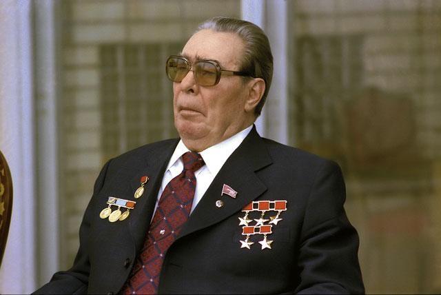 7 ноября 1982 года состоялось его последнее появление на публике, и уже спустя три дня Леонид Ильич Брежнев скончался в возрасте 75 лет.