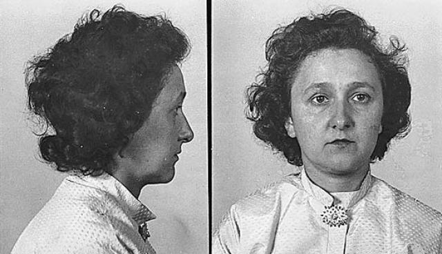 Вскоре после этого последовал арест супругов Розенберг.
