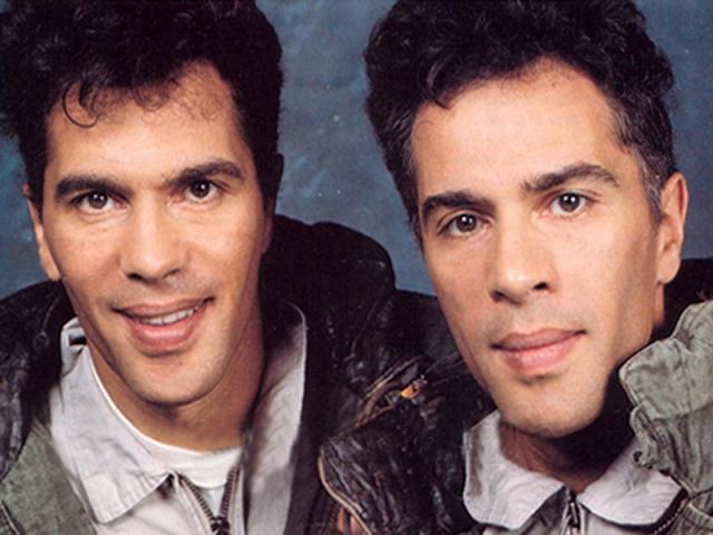 Братья-физики Игорь и Гришка Богдановы когда-то были секс-символами Франции: ученые стали известными в 80-е годы, пробившись на телевидение с собственным телешоу о научной фантастике.