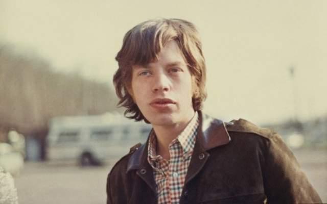 Мик Джаггер, 74 года Один из основателей и бессмертных лидеров культовой британской группы The Rolling Stones, неподражаемый 74-х летний Джаггер одно свое имя сделал, по сути, синонимом Рок-н-ролла.