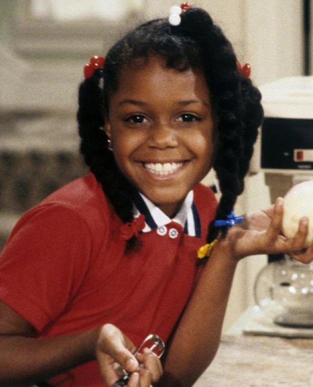 """Джейми Фоксворс. Исполнительница роли самой младшей дочери Джуди Винслоу на ТВ шоу """"Family Matters""""вынуждена была его покинуть даже без объяснений со стороны производителей."""