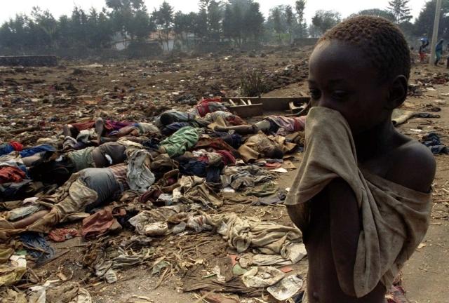 В ту же ночь в Бутаре прибывает президентская гвардия и начинает казни тутси, сталкивая людей в предварительно вырытые и наполненные горящими шинами траншеи. Гибнут тысячи человек.