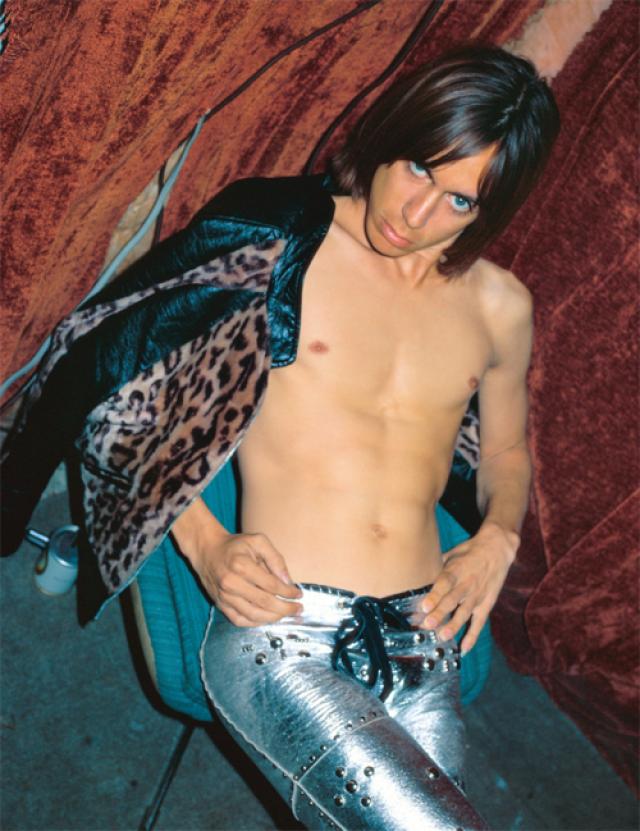 Игги Поп Американский рок-вокалист, один из зачинателей и гуру альтернативного рока. Фото 1972 года.