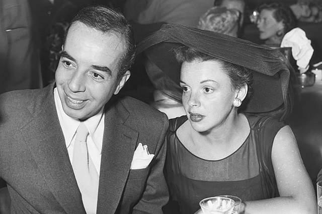 В кино он пришел в 1937 году, прославившись работами с участием звёзд американской эстрады и экрана — Джуди Гарленд, Фред Астер, Джин Келли, Ширли Маклейн, Лайза Миннелли.