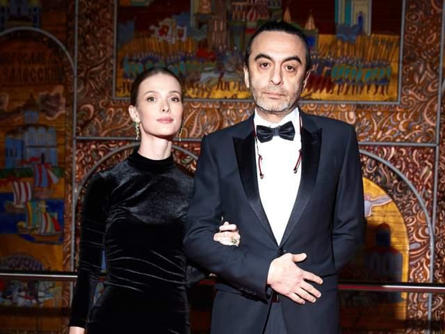Уже потом, спустя годы, Иванова и Фазйзиев начали появляться на светских мероприятиях. В 2018 году Светлана родила вторую дочь.