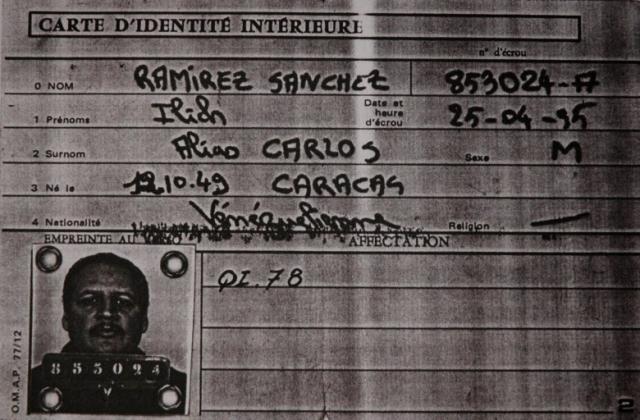 15 августа 1994 г. власти Судана выдали Карлоса французским агентам из DST. Ему было предъявлено обвинение в убийстве двух парижских полицейских и Мохаммеда Мухарбаля в 1975 г.
