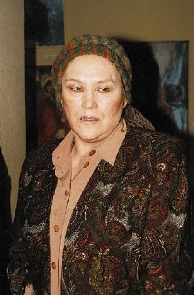 На свой, как оказалось, последний 82-й день рождения (25 ноября 2007 года) актриса собрала у себя всех своих братьев и сестер.