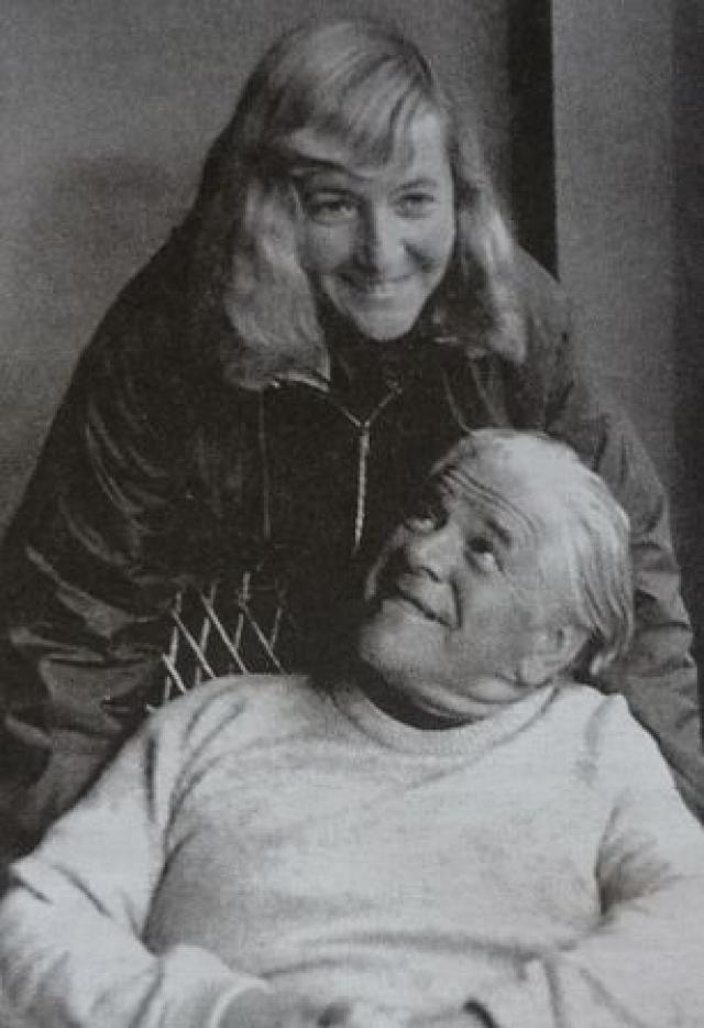 Считается, что причиной самоубийства, скорее всего, стала личная утрата: смерть второго супруга, известного киносценариста А. Каплера, и крушение общественных идеалов во времена перестройки.