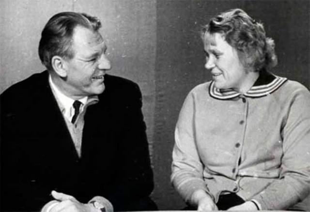 После войны Богданова вышла замуж и стала Кравцовой. За всю жизнь она перенесла три инфаркта, в 1991 году она скончалась.